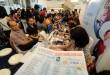 Pengunjung melihat stan salah satu travel saat event SilkAir Travel Fair 2015 di Sun Plaza Medan, Jumat (24/4). Acara ini akan berlangsung 24-26 April dan merupakan akhir dari semester pertama pameran wisata SilkAir untuk tahun ini. (WOL Photo/Ega Ibra)