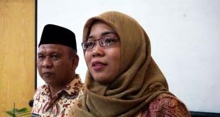 ketua KPU Medan, yenni chairiah rambe (kanan)/foto: Istimewa