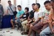 Enam tersangka dan seorang diantaranya wanita diserahkan Denintel Dam I/BB bersama barang buktinya Polsek Medan Sunggal.(WOL Photo/gacok)