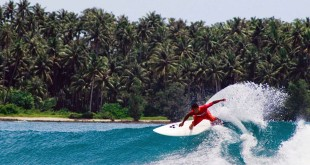 Wisata Pulau Nias (sumber: indonesia.travel)