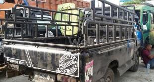 Pos Lantas Polsek Pancur Batu mengamankan mobil Mitsubhisi pick up nomor polisi BK 9407 CY plat hitam. (WOL Photo/Gacok)