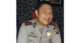 Kapolsek Medan Sunggal, Kompol Harry Azhar Hasry akui korban trafficking akan dijual ke Jember.(WOL Photo/Gacok)