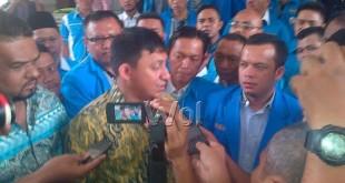 Ketua KNPI Pusat, Fadel Dauld Arafiq ketika datang ke Polda Sumut mengajukan penangguhan Ketua KNPI Sumut, Dodi Sutanto. Namun permohonan penangguhan itu ditolak Polda Sumut(WOL Photo)