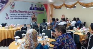 suasana acara coffee morning di lantai III gedung DPRD Medan, Jumat (29/4). WOL Photo/M. Rizki