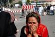 Seorang perempuan menangisi tragedi ledakan di Kabul. (Foto: Mohammad Ismail/Reuters)