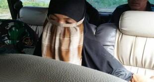 Delima, istri teroris Santoso. (dok.MNC Media)