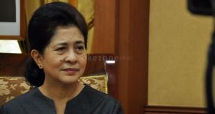 Menteri Kesehatan RI, Nila F. Moeloek (Foto : Okezone)