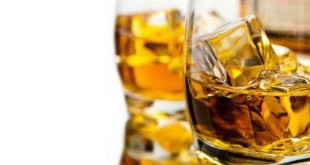 Alkohol dapat merusak sel otak (Foto: Thehealthsite)