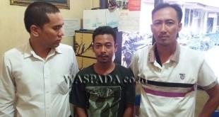 Petugas Reskrim Polsek Medan Sunggal menangkap tersangka kasus narkoba.(WOL. Photo/gacok)