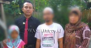korban pencabulan, RDS bersama orang tuanya didampingi Tim Kuasa Hukumnya, Catur Ramadani SH MH.