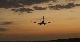 Pesawat (Foto: Shutterstock)