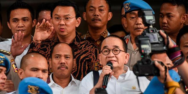 Gubernur Jakarta nonaktif Basuki Tjahaja Purnama alias Ahok usai diperiksa Barskrim di Mabes Polri. Foto Hafidz Mubarak/Antara