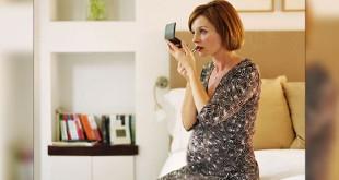 Produk kosmetik bisa membahayakan ibu hamil dan janin (Foto: Webmd)