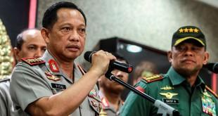 Kapolri Jenderal Tito Karnavian (kiri) bersama Panglima TNI Gatot Nurmantyo (Antara)