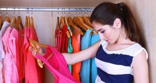Bingung memilih baju di lemari, pertanda Anda butuh baju baru (foto: zenskimagazine)