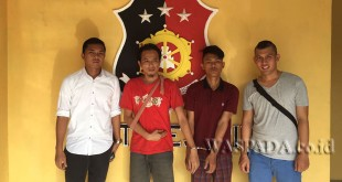 Petugas Reskrim Polsek Medan Helvetia tangkap dua perampok. (WOL. Photo/gacok)