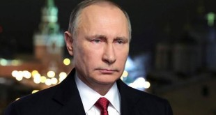 Presiden Rusia Vladimir Putin sengaja memerintahkan peretas untuk menjatuhkan elektabilitas Hillary Clinton (Foto: Mikhail Klimentyev/Reuters)