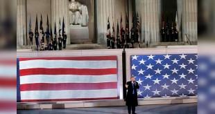 Presiden AS terpilih Donald Trump berpidato seusai konser musik menyambut inagurasi (Foto: Mike Segar/Reuters)