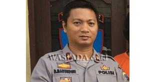 Kapolsek Medan Sunggal Kompol Daniel Marunduri SH SIK MH, akui RS Bhayangkara Polda Sumut autosi mayat Mrs X yang dibakar.(WOL. Photo/gacok)