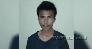 Tersangka Leo Halawa alias Leo (25) buronan kasus ranmor ditangkap. (WOL Photo/Gacok)