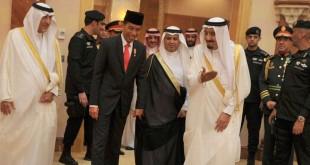 Presiden RI Joko Widodo saat mengunjungi Arab Saudi diterima Raja Salman bin Abdulaziz Al Saud, September 2015. (Foto: Setpres)