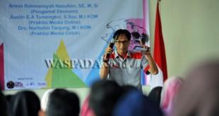 Pemimpin Redaksi (Pemred) Waspada Online, Austin EA Tumengkol SSos MIKom (WOL Photo/Ega Ibra)