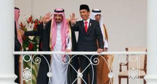 Raja Salman bin Abdulaziz bersama Presiden Joko Widodo. Foto dok Sekretariat Kabinet