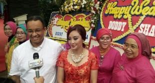 Cagub DKI Jakarta Anies Baswedan hadiri pernikahan relawannya