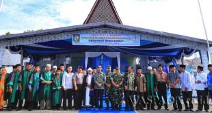 Bupati Simalungun JR Saragih secara resmi membuka MTQ ke-45 tahun 2017  di Lapangan Girsang Sipangan Bolon, Parapat, Kabupaten Simalungun, Sumatera Utara, Kamis (27/4). (WOL Photo)