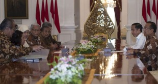 Presiden Jokowi saat Menerima Pansel Hakim MK (Foto: Antara)