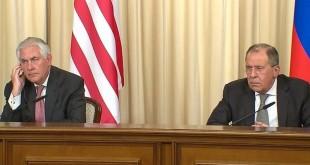 (Kiri) Menlu AS Rex Tillerson (Kanan) Menlu Rusia Sergei Lavrov (Foto: APTN/ITV)