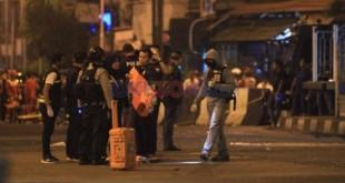 Pasca ledakan bom, Polisi langsung menggelar olah TKP (Foto: Okezone)
