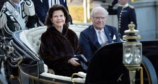 Raja Swedia, Carl XVI, dan Ratu Silvia. (Foto: Reuters)