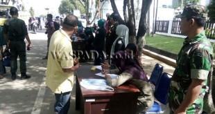 Razia Busana Yang Tidak Islami di Lhokseumawe, Aceh. (WOL Photo/Chairul Sya'ban)