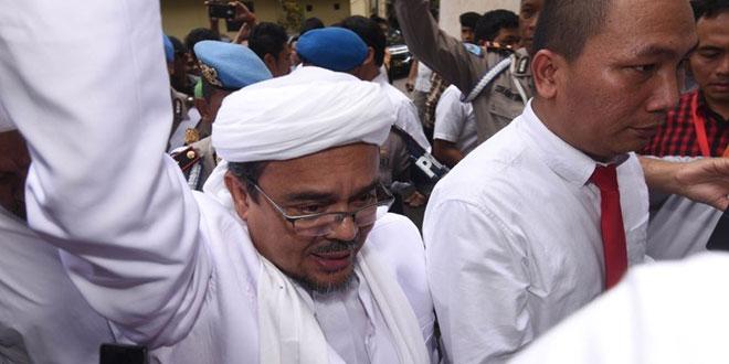 Habib Rizieq saat tiba di Polda Metro Jaya (Antara)