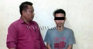 Penyidik pembantu Reskrim Polsek Medan Sunggal mengambil keterangan tersangka kasus sabu. (WOL Photo/Gacok)