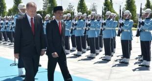Upacara kenegaraan sambut Presiden Jokowi di Istana Kepresidenan Turki. (Foto: dok. Setkba RI)