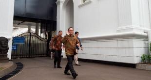 Ketua MPR juga Ketum PAN Zulkifli Hasan di Istana Presiden (Antara)