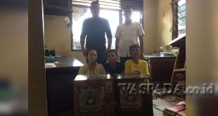 Petugas Reskrim Polsek Medan Sunggal tangkap tiga cewek terlibat kasus judi jackpot. (WOL Photo/Gacok)