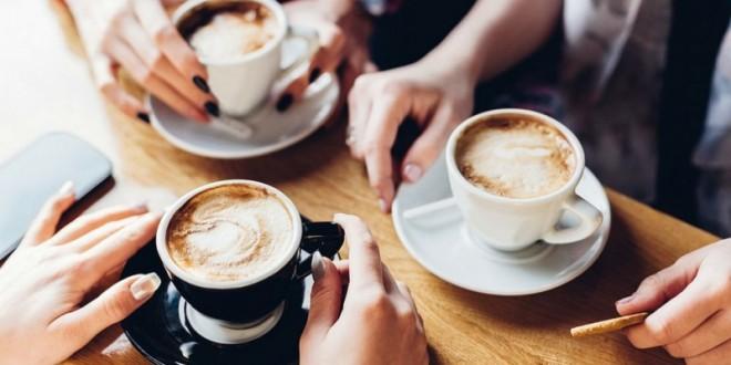 Hindari kopi selama perjalanan udara (Foto:Dailyhive)