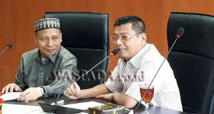 Anggota DPRD Medan, Rajuddin Sagala (kiri) saat menerima kunjungan rombongan Wakil Ketua I DPRD Batam, Zainal Abidin (kanan), Kamis (14/9).