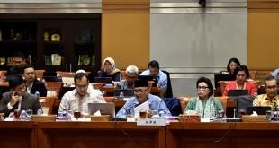 KPK rapat dengan Komisi III DPR (Antara)