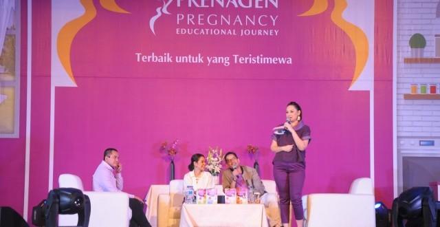 Artis cantik Mona Ratuliu memandu interaktif talkshow dengan narasumber dr. Boy Abidin, dr.Herbowo AF Soetomenggolo dan penyanyi Andien yang merupakan brand ambassador.  (Ist/Rahmat Utomo)