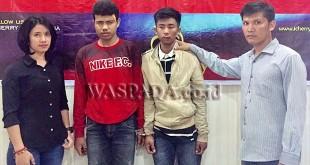 Dua Penyidik Pembantu Reskrim Polsek Medan Sunggal mengamankan 2 perampok. (WOL. Photo/Gacok)