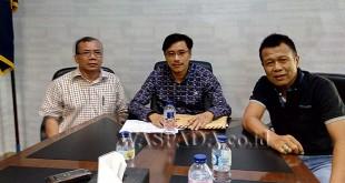 Rahmad Hasibuan diterima oleh Sekretaris Nasdem Sumut Iskandar, ST di kantor DPW Nasdem Jalan Mongonsidi Medan. WOL Photo
