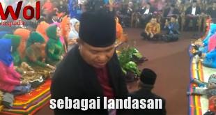 Screenshot-2017-11-24-Kemeriahan-Acara-Adat-Bobby-Kahiyang-di-Medan-#waspadaonline-#waspada-co-id---YouTube