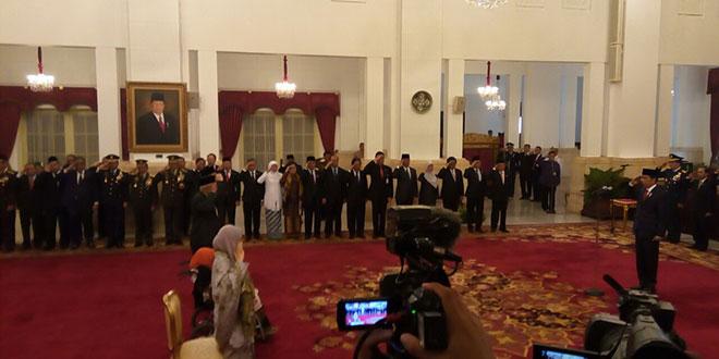 Upacara penganugerahan pahlawan nasional 2017 di Istana Kepresidenan (Fakhri/Okezone)
