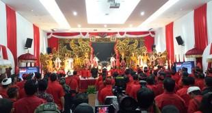 Ketum PDIP Megawati Soekarnoputri umumkan pasangan cagub-cawagub Bali di Kantor DPP PDIP, Jakarta (Foto: Puteranegara)
