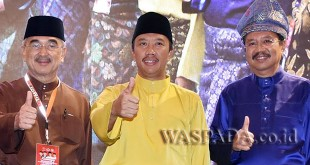 Gubsu HT Erry Nuradi bersama Presiden DMDI dan Menpora acara Konvensi di JW Marriott Medan, belum lama ini. (WOL Photo/Ist)