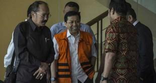 Setya Novanto saat menjalani pemeriksaan di KPK (Foto: Antara)